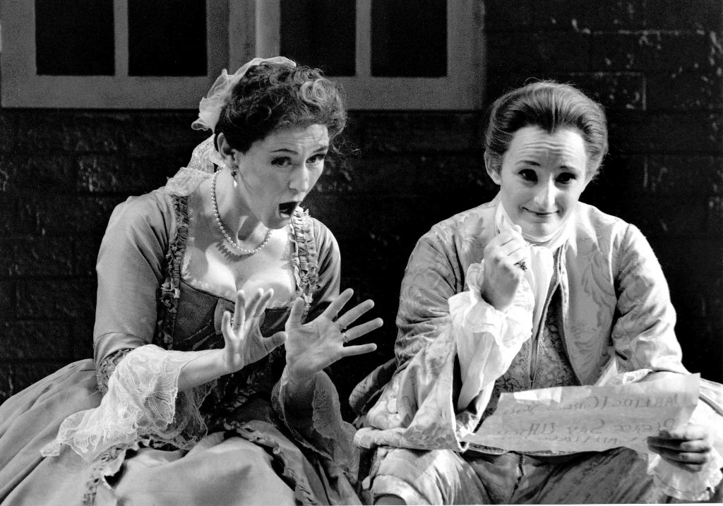 Kimberly Barber (Xerxes) and Susannah Waters (Atalanta) in Xerxes, Canadian Opera Company, 1999. Photo by Michael Cooper.