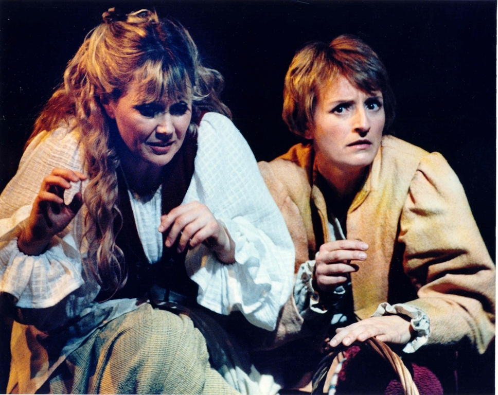 Kimberly Barber (Hansel) with Valdine Anderson (Gretel), Edmonton Opera 2000. Photo by Ed Ellis.